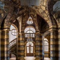 Schloss Bruchsal - Hauptbau - Erdgeschoss - Grotte - Blick von Norden auf den südlichen Teil der Grotte (Malereien ursprünglich von Giovanni Francesco Marchini, restauriert von Manfred Leitenmeier) (aufgenommen im Oktober 2018, um die Mittagszeit)