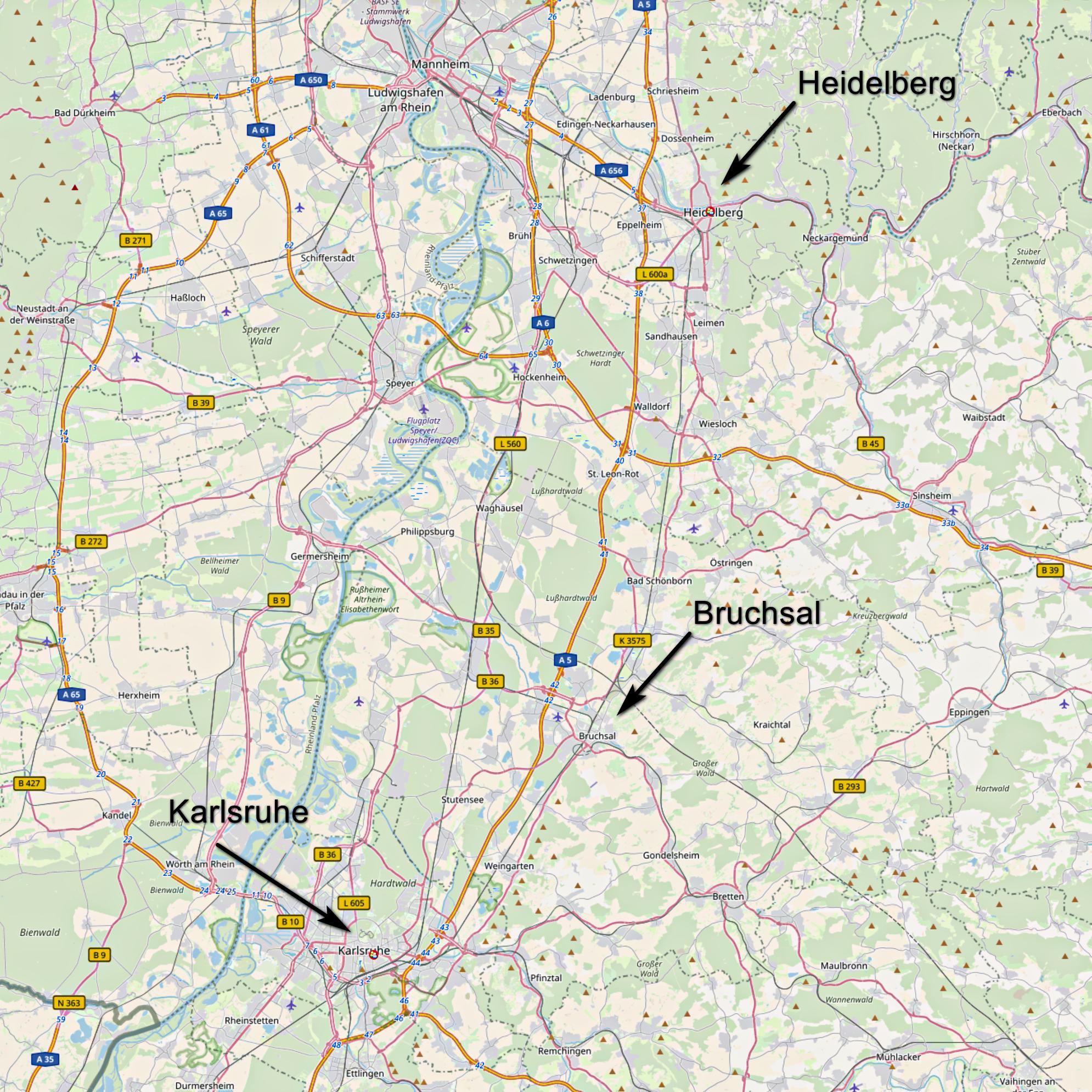 Karte mit den Orten Heidelberg, Bruchsal und Karlsruhe (Karte: © OpenStreetMap-Mitwirkende; Lizenz: Namensnennung - Weitergabe unter gleichen Bedingungen 2.0 Generic (CC BY-SA 2.0); siehe: www.openstreetmap.org/copyright)
